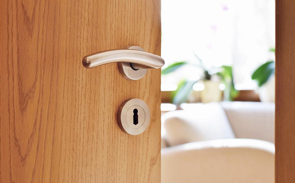 Características das portas interiores em PVC